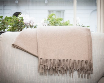 Swiss Chalet – Luxury cashmere blanket