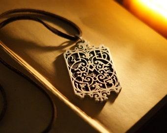 Alexander Malcolm / Jamie Fraser Necklace - Outlander Inspired Jewelry