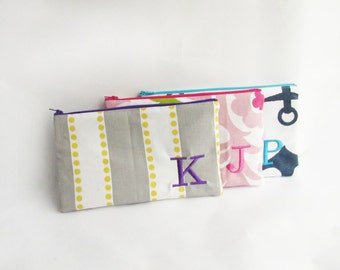 Bridesmaid bags - Set of 3 - Personalized Cosmetic Bag with initials - Embroidered Makeup bag - Large Monogrammed Zip Clutch