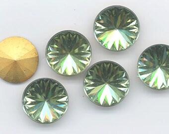 Flve vintage Swarovski stones - art. 2006V - 18 mm - peridot