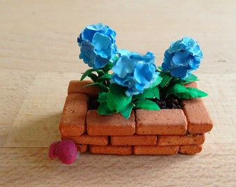 Miniature Blue Hydrangea flower planter (2)