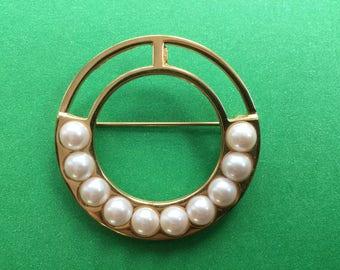 Vintage Monet Circle Brooch