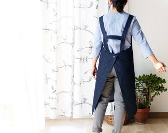 Women's apron, men's apron. Eco cleaning apron, denim apron, jeans apron, sturdy denim, gardening, mothers day gardening. Made in Italy.
