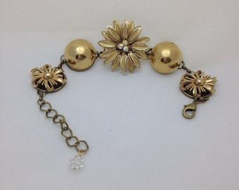 Goldtone Vintage Earring Bracelet