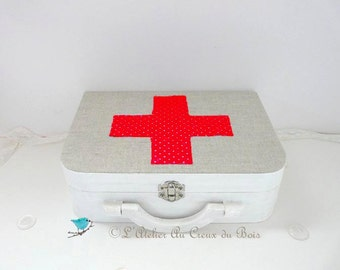 Wood box, medicine box, pretend play toy, wooden doctor case, nurse case, wooden suitcase, wooden doctor suitcase, kids toy , children toy