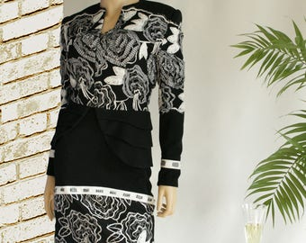 Wool Intermingled with Embroidered Lace Jacket and Skirt