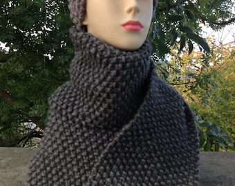 Hand knit merino wool grey scarf