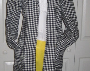 True Vintage Black White Houndstooth long Coat