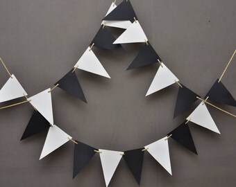 Black and White Banner- Theme Party -Party Decor -Wedding Garland- Anniversary- Birthday Decorations -Nursery Decor - Triangle Paper Garland