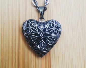 Gunmetal Black Color Sunburst Heart Locket Pendant Essential Oil Aromatherapy Diffuser Necklace A061