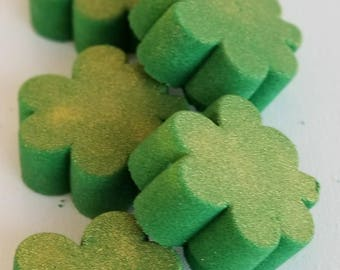 Shamrock Bath Bomb, Four Leaf Clover Bath Bomb. Saint Patricks Day Bath Bomb Vegan Bath Bomb, St Patricks Day Bath Bomb Cruelty Free
