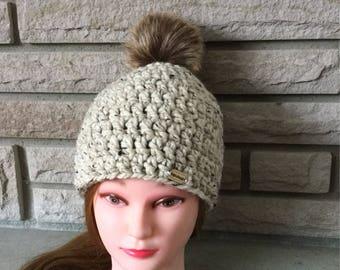 Fur pompom hat / Crochet pompom hat