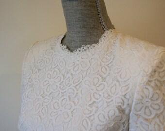 Carolina Herrera CH Timeless, Vintage, Soft White, Lace Sheath Dress, Wedding Dress, Mother of Bride or Groom, Second Marriage Dress