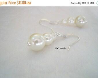 SHOP SALE Trio Of Pearls