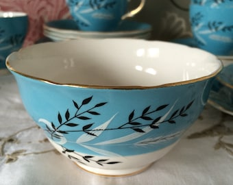 Colclough Turquoise Blue and White Sugar Bowl - Pretty Leaf Pattern - Made in England