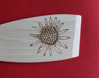 Sunflower spoon. Wooden pyrography spoon. Sun. Gift for a baker. Gift for a cook. Gift for a friend. Gift for a Grandmas. Emmaamies