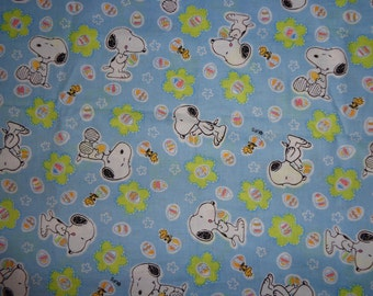28 x 36 Inches Snoopy/Woodstock Blue Easter with Flowers Cotton Fabric