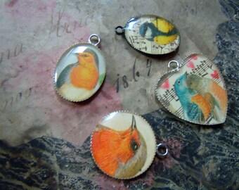 4 bird resin pendants- destash