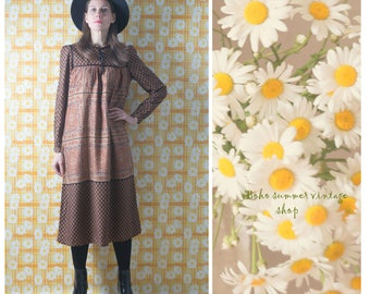 Vintage 70s Finland design long sleeve a line tent  dress/ brown folk scarf style bohemian knee length fall autumn dress/S