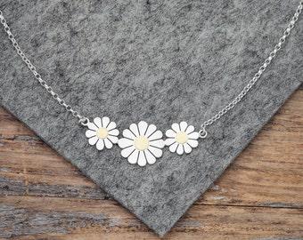 Daisy flowers necklace, Silver daisy necklace, Daisy necklace, Floral necklace, Daisy necklace, Gold daisy necklace