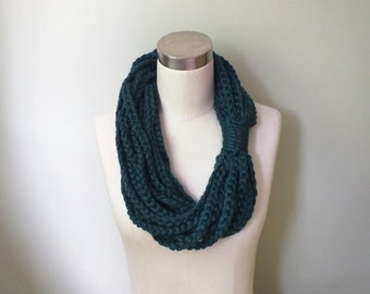Chain Scarf Necklace / Mid Length / Blue Green Scarf / Braided Scarf / Crochet Scarf / Rope Scarf