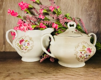 Set of Favolina Creamer And Sugar Bowl With Lid In Summer Garden - Made In Poland - Pink Roses Gold Trim