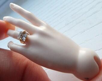 1/3 SD BJD Princess Engagement Ring