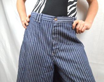 Vintage 1970s Vintage Flare Capris Clam Diggers Culottes Denim Striped Jeans - Time & Time Again
