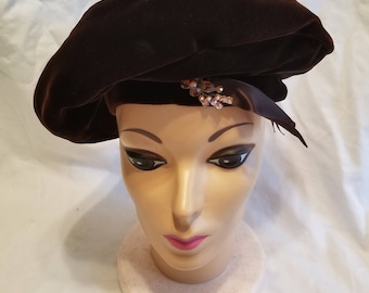 Vintage Pinehurst Beret w/ Original Box