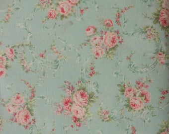 RURU Bouquet Rose For You  Cotton Fabric Quilt Gate RU2220-16DC Small Roses on Light Mint