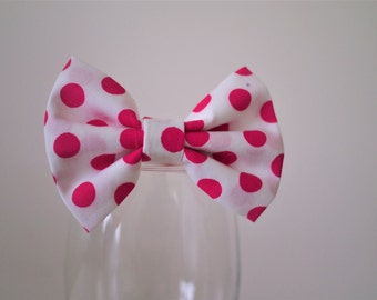 Bowtie with pink polkadots