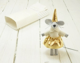 Stuffed felt mouse felt animals gold kids gift  mouse in a matchbox hand made doll mantle birthday gift grand daughter gift