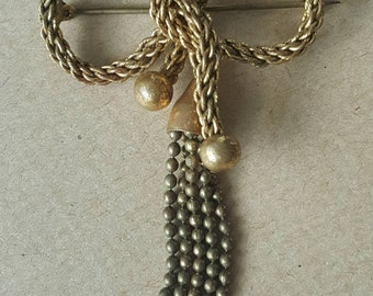 Bow Brooch Antique Edwardian 1900s Brass Tone knotted Bow Brooch Tassel Pin