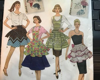 Reproduction 50s Simplicity 2592 Apron Pattern