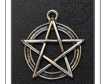 Charm star with five branch in silver, 25mm in diameter