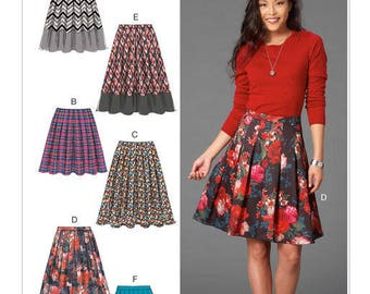 Mc Call's M7253 skirt sewing pattern