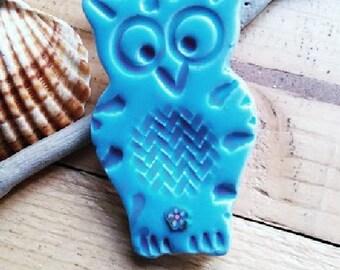 Goodluck brooch, Owl brooch, Owl pin, Animal brooch pin, Ceramique blue brooch pin, Turquoise brooch jewellery, Animal pin, Animal jewellery