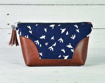 Navy Bird Toiletry Bag Women Makeup Brush Holder Leather Toiletry Bag Cosmetic Bag Wash Bags Makeup Organiser Zipped Pouch Gift for Women
