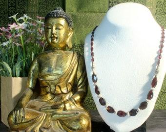 Red Garnet Necklace, Garnet Jewelry, Red Statement Necklace, Faceted Garnet, Red Stone Necklace, Red Gemstone Necklace Elegant Necklace