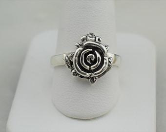 Vintage Sterling Silver Rose Ring, size 9