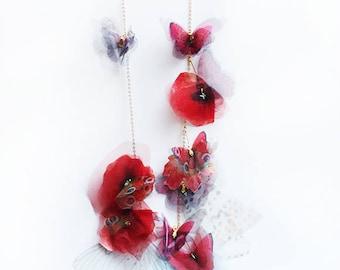 Necklace poppy flowers