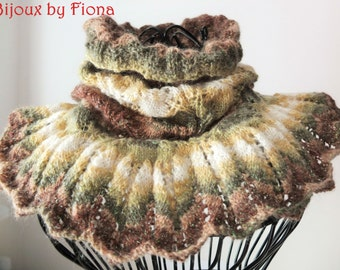 Handknitted cowl / neckwarmer: multicoloured in leaf colours, green, yellow,brown, sparkle