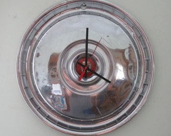 1954-56 Ford Thunderbird Hubcap Clock No. 2541