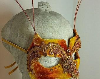 Gold Mens Masquerade Mask//Masquerade Mask//Masquerade Ball Mask//Mask//Halloween Masquerade Mask//Mardi Gras Masquerade Mask//Masquerade