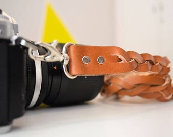Leather camera strap, Personalized, gift for men, gift for women, personalised gift, slr, dslr camera strap, canon, nikon gift