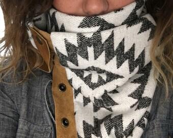 Aztec print snap scarf