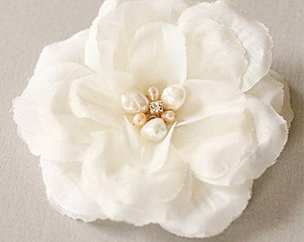 Flower Clip - Petite