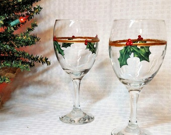 Christmas Glass | Christmas Hostess Gift, Hostess Gift for Xmas, Wine Lover Gift, Painted Holly, Christmas Gift, Xmas Gift, Wine Glass Gift