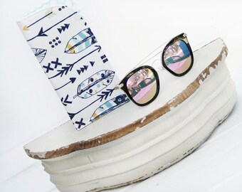 Feathers and Arrows Sunglass Case, Glass Sleeve, Monogrammed Cases for Oversized glasses,  Sunglass case, Eyeglass Case, Eye Glass sleeves