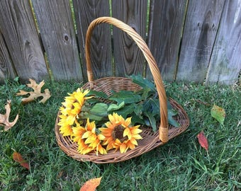 Extra Large Flat Basket / Photo Prop / Large Willow Basket / Wedding Decor / Gathering Basket / Flat Flower Basket / Vintage Flat Basket